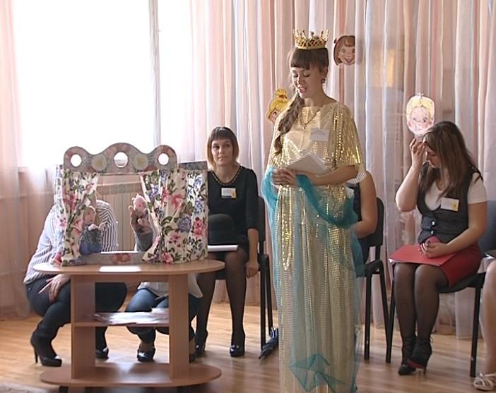 Детсад «Золотой ключик» открыл интеллектуальный КВН для молодых педагогов