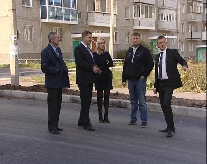 Глава администрации СГО проинспектировал главные стройплощадки города